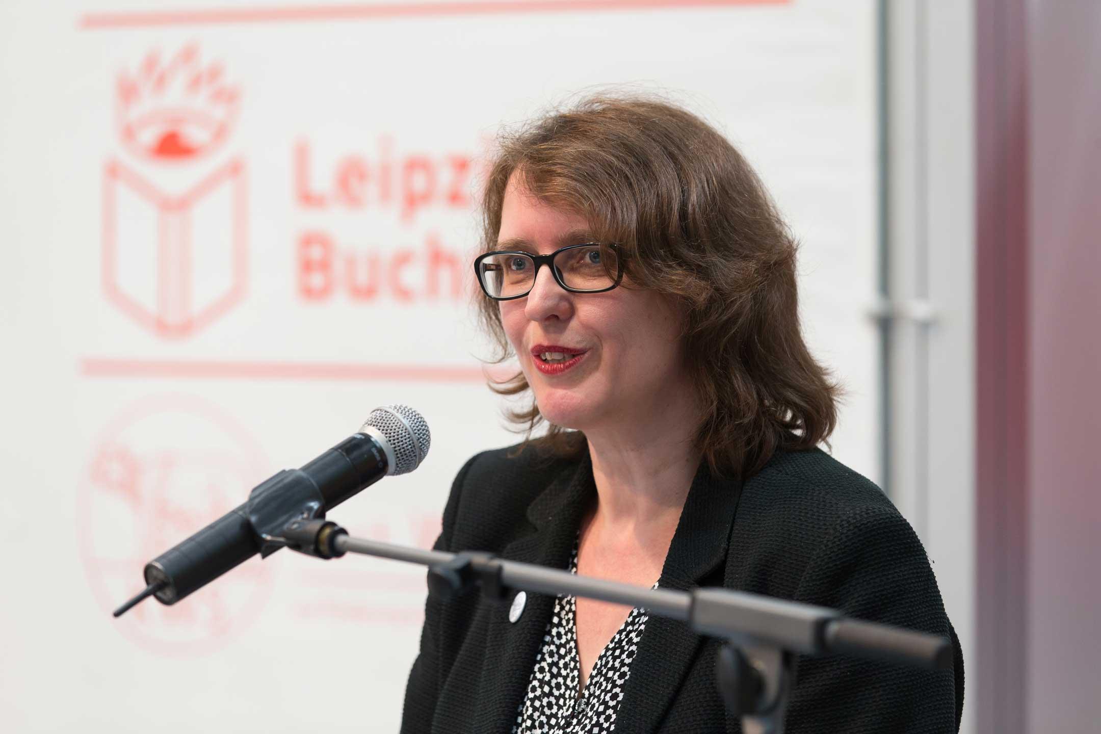 Die Vorstandsvorsitzende Britta Jürgs eröffnete die Auszeichnung